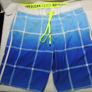 American Eagle swimming trunks size m